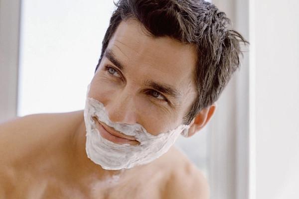 Para qué sirve utilizar una espuma de afeitar