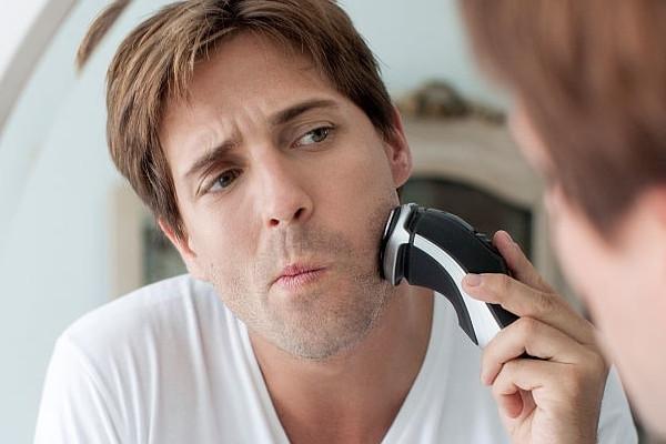 Qué debe tener una buena afeitadora para piel sensible